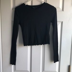 Long-sleeve cropped top